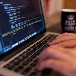 Jak wybrać domenę dla swojej strony? Najważniejsze zasady